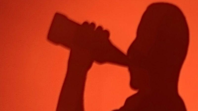 Vědci spojují alkohol s více typy rakovinových nádorů