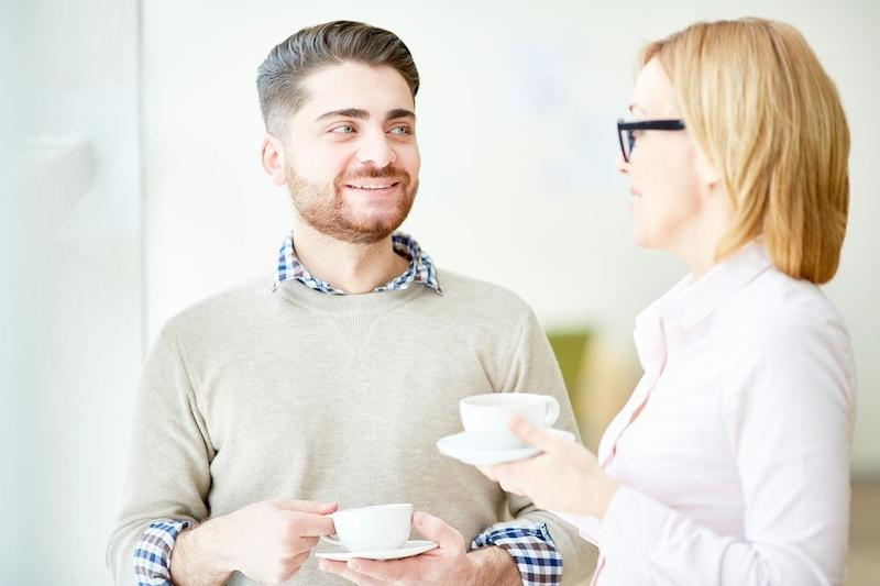 rozdíl mezi randením a manželstvím valentine dating dress up hry