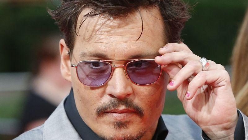 Johnny Depp je mistr převleků. 10 tipů na filmy s hollywoodským krasavcem