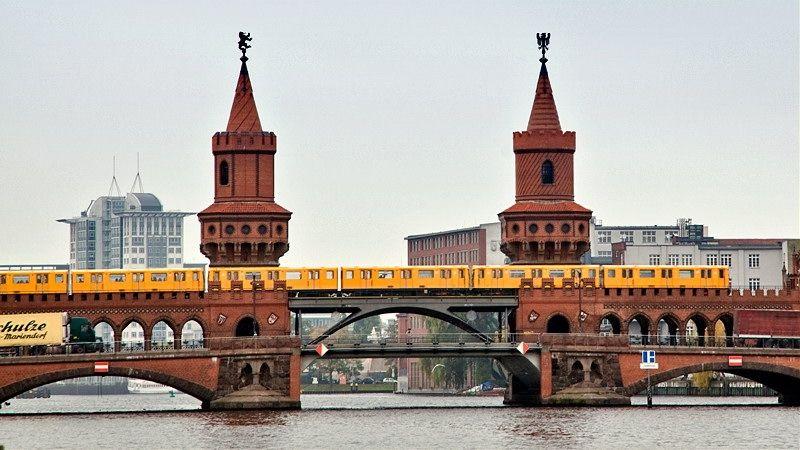 Stavební firmy v Berlíně sužuje plánované zmrazení nájmů