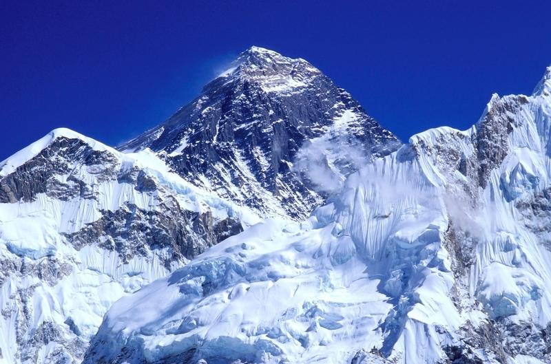 Krásy a hrůzy Mount Everestu - Novinky.cz