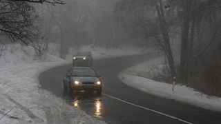 Celé Česko zahalí na dva dny mrznoucí mlhy, varovali meteorologové
