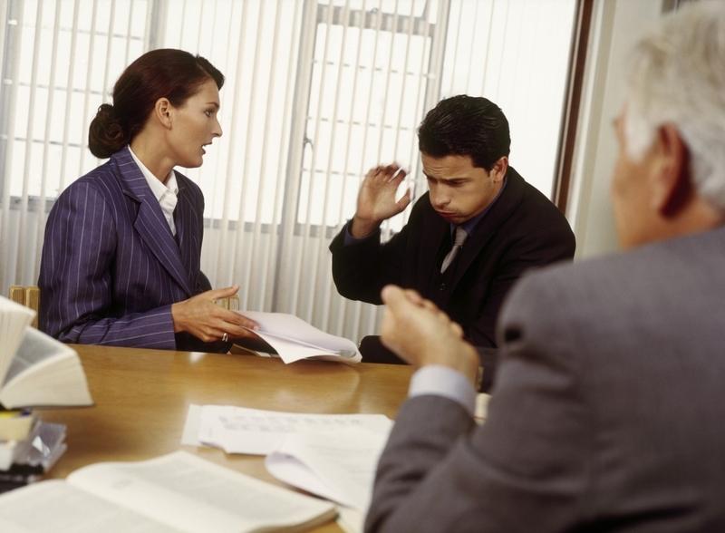 randění s právníkem pro a proti