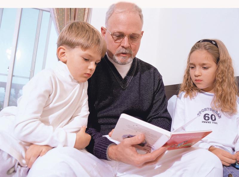 táta začne chodit znovu seznamky zdarma pro jednotlivce nad 50 let