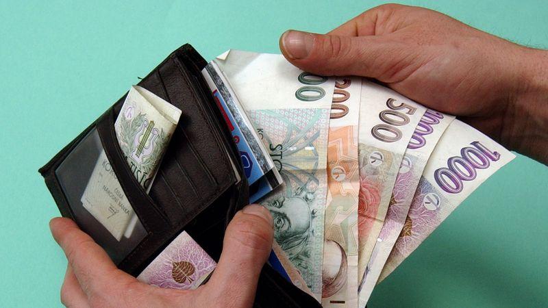 Stát slibuje podnikatelům zaplatit půl nájemného. Když pronajímatel sníží cenu