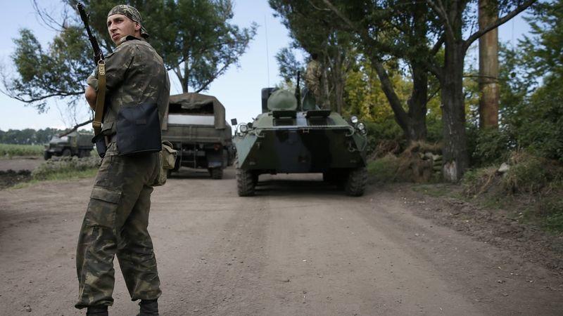 Proruští separatisté v Doněcku ukončili blokádu hotelu s pozorovateli OBSE