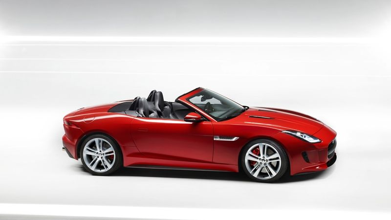 Jaguar F-Type (2012)