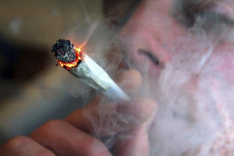velmi horké kouření sex s kohouty
