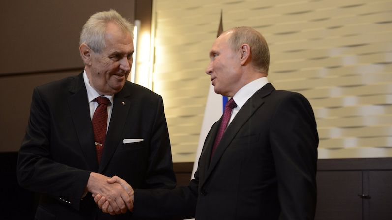 Zeman poslal Putinovi dopis: Bez Rudé armády bychom nebyli nezávislým národem