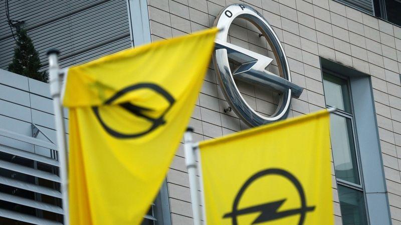Automobilce PSA mírně vzrostly tržby na 399 miliard korun