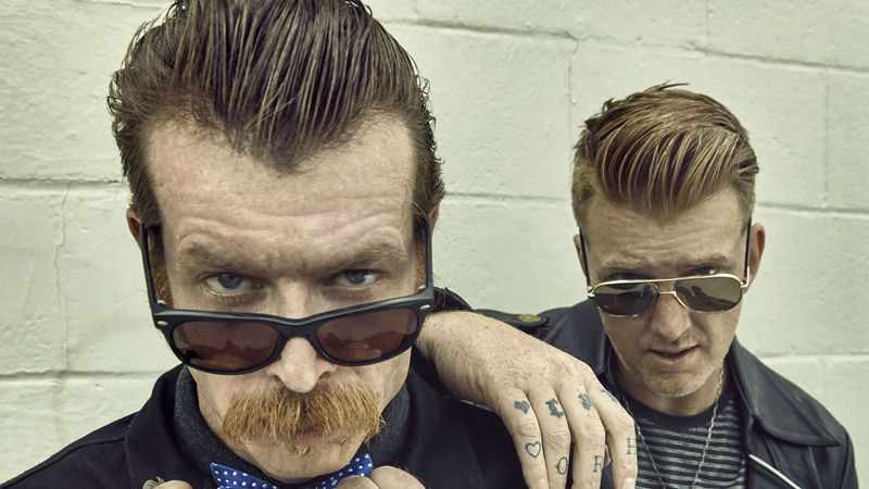 Eagles of Death Metal jsou Jesse Hughes a Josh Homme.