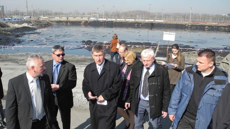 Zasáhněte, vyzývá Ostrava vládu kvůli ropným lagunám. Bojí se kontaminace vody i znehodnocení území