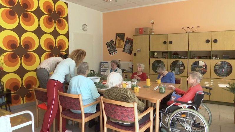 Klienti sociálních služeb mohou od středy znovu na vycházky