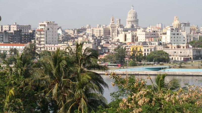 Zvrat na Kubě. Připouští jakékoli soukromé firmy