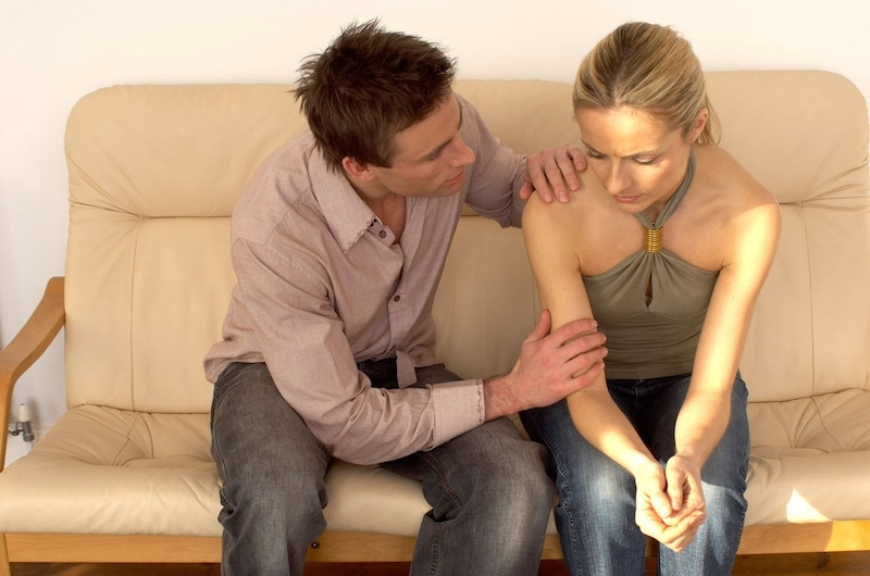 randit s chlapem, který je vždy zaneprázdněn slečna Emma dohazování