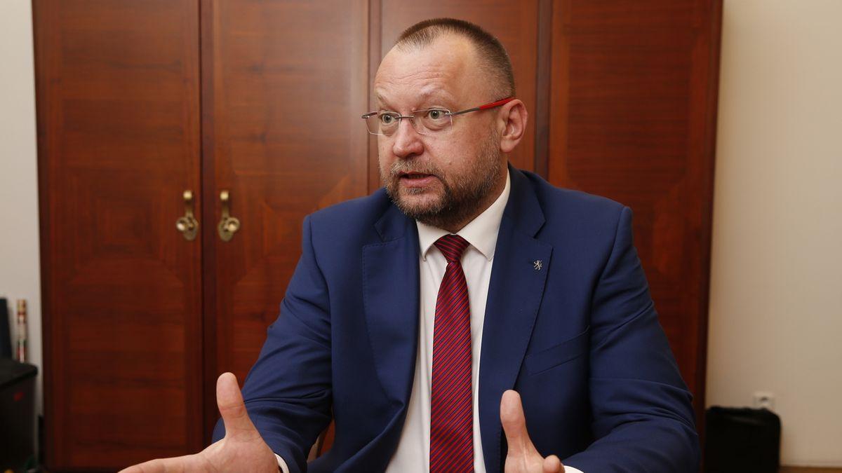 Bartošek zablokoval volbu členů Rady ČT