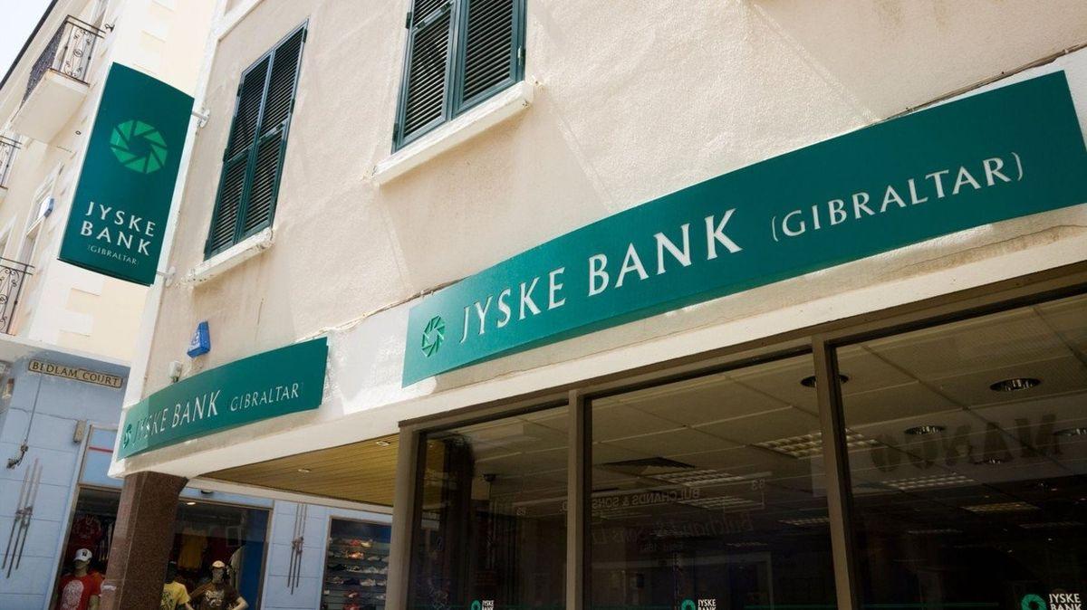 Dánská banka zavádí záporný úrok z vkladů. U hypoték to má naopak