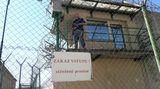 Vězni mohou své dluhy začít řešit ještě za mřížemi
