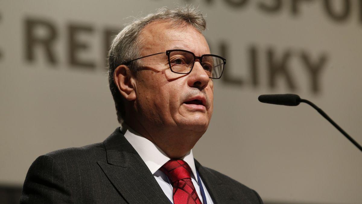 V energetice bychom se měli vyvarovat chyb Německa, říká šéf Hospodářské komory Dlouhý