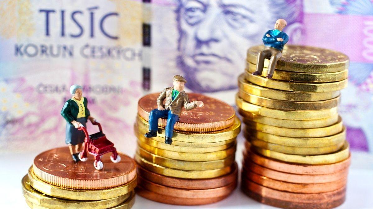 Po 25 letech penze tisíc korun navíc? Polepšily by si hlavně ženy