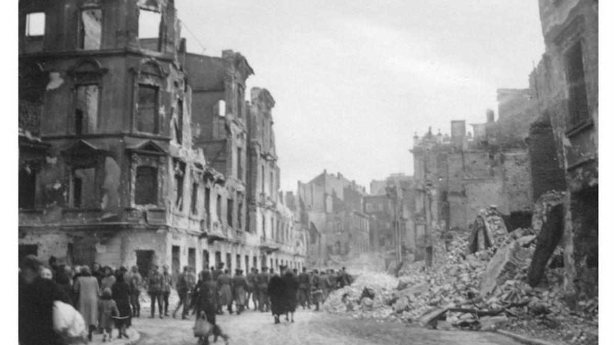 Více než polovina Poláků chce odškodnění od Německa za válečné ztráty