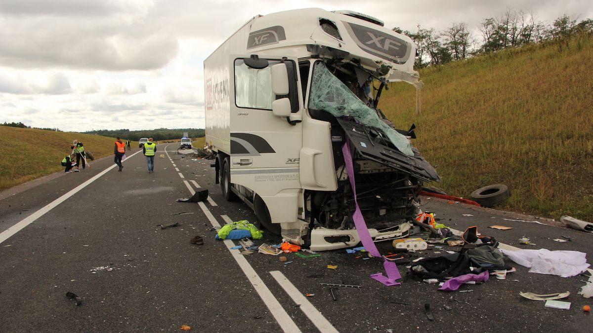 O prázdninách zemřelo na silnicích 118 lidí, o tři víc než loni