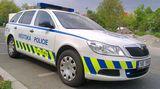 Strážníci vPraze zastavili 17letého řidiče BMW. Řidičák neměl ani majitel auta