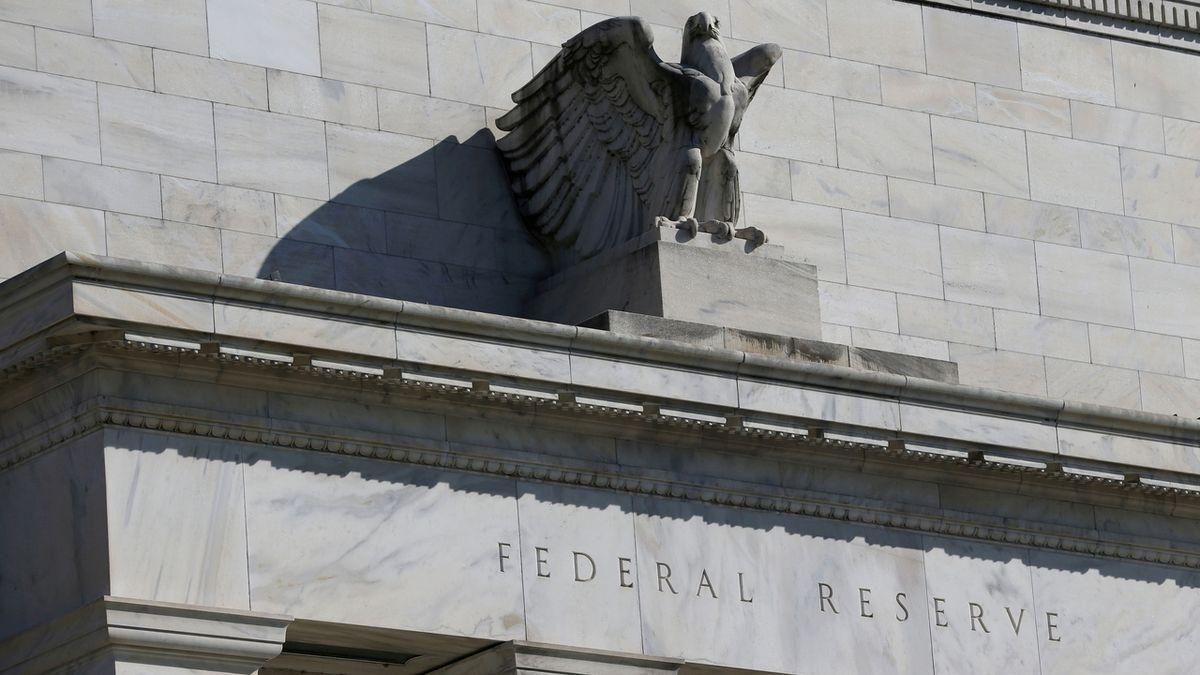 Obavy z krize. Třetina světových dluhopisů nese záporný výnos