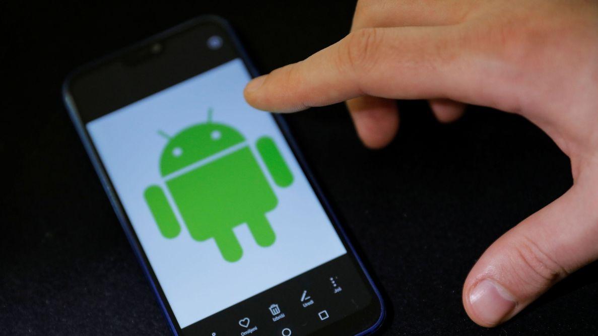 Mobil s operačním systémem Android (ilustrační foto)