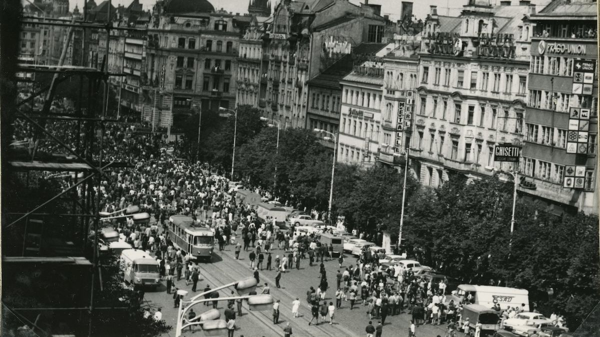 Oběti násilí při protestech v srpnu 1969 se dočkají odškodnění