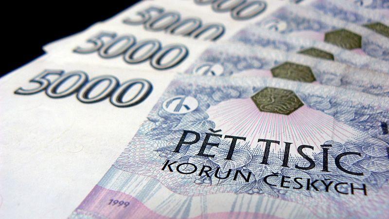 Stavebko už není nejoblíbenější, hlavní jistotou jsou pro Čechy drahé kovy