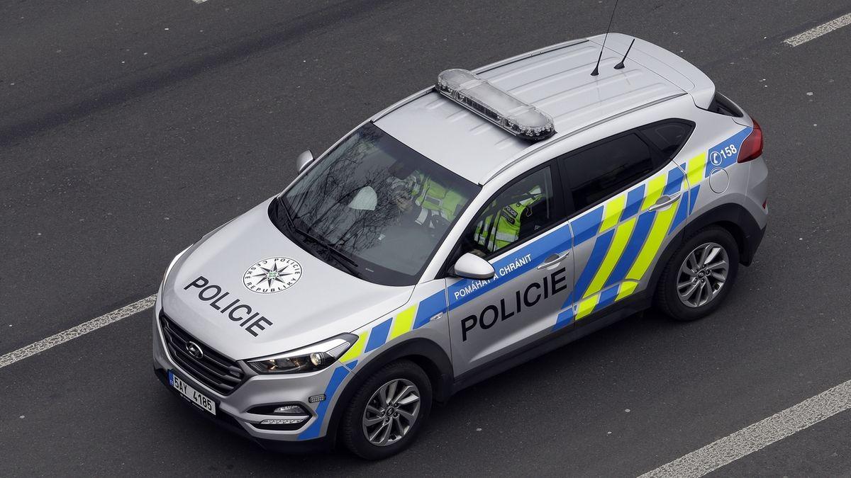Auto v Přerově explodovalo kvůli nastražené bombě, zjistila policie