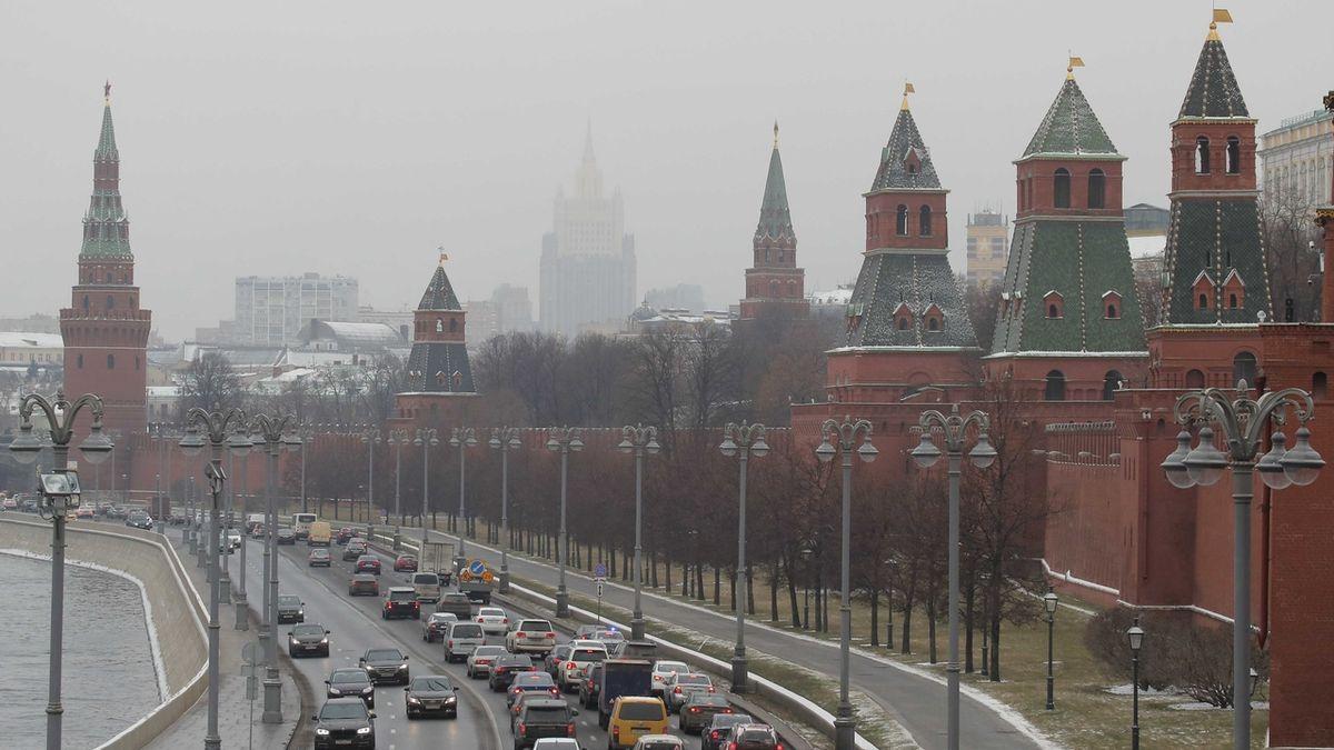 Bezpříkladná krize ve vzájemných vztazích, píše ruský tisk