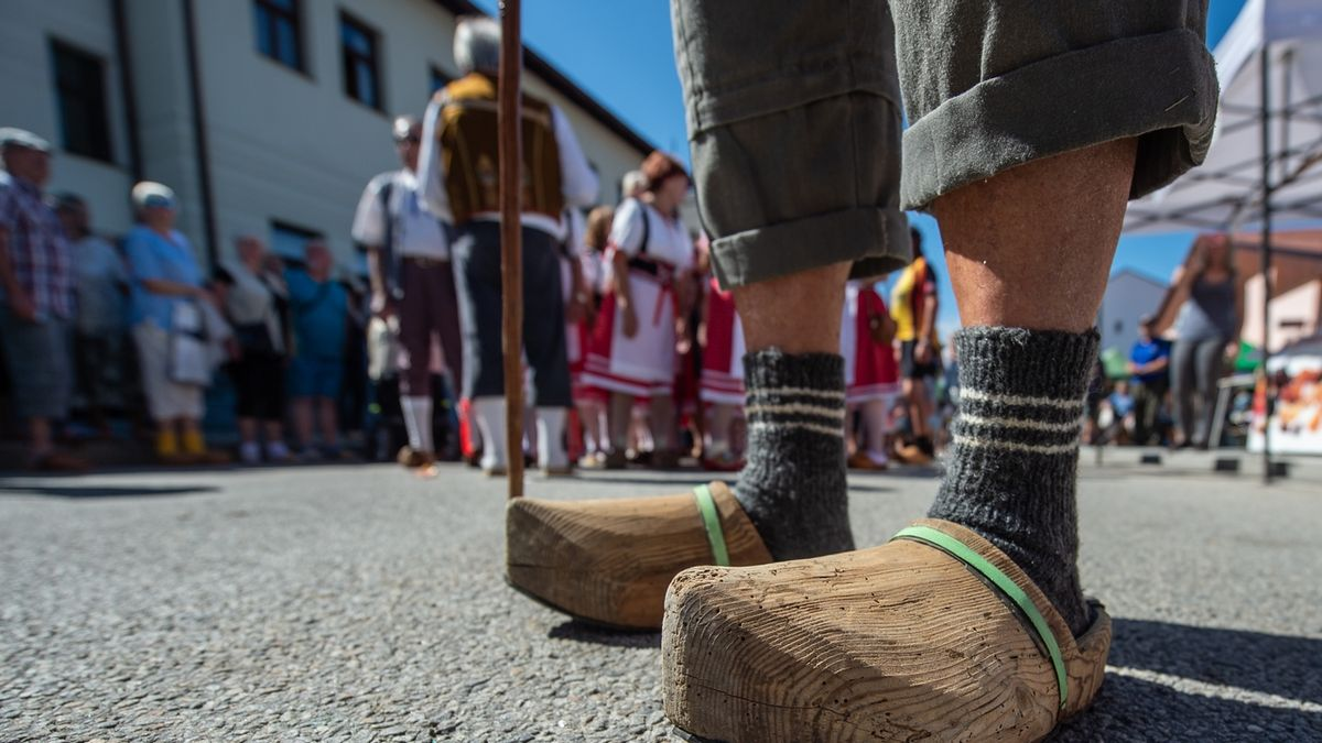 Dřeváky ve Volarech obulo 310 lidí, překonali rekord