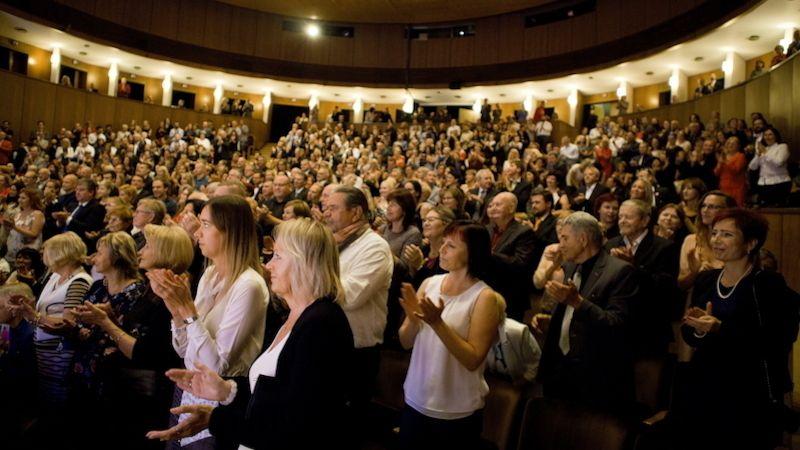 Své divadlo podporujte, vyplatí se to, vzkazují experti zlínské radnici