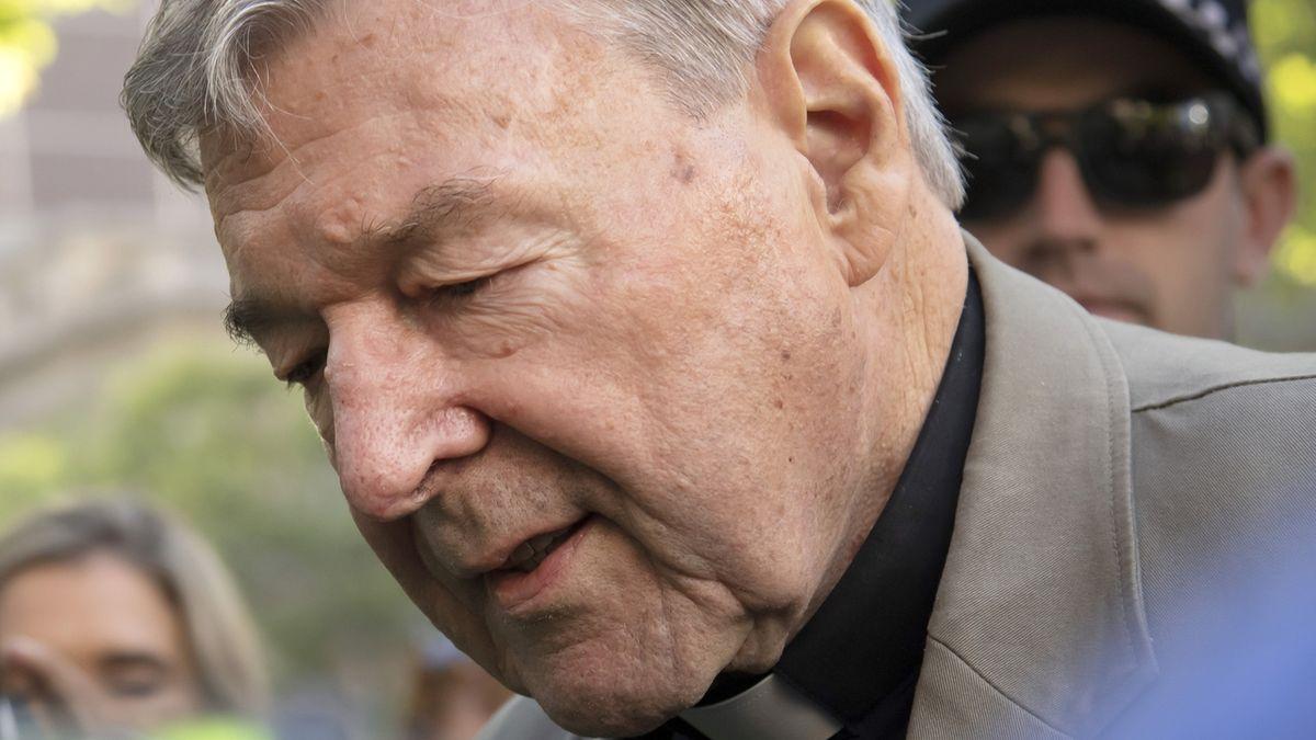 Kardinál Pell zůstane ve vězení, soud zamítl jeho odvolání