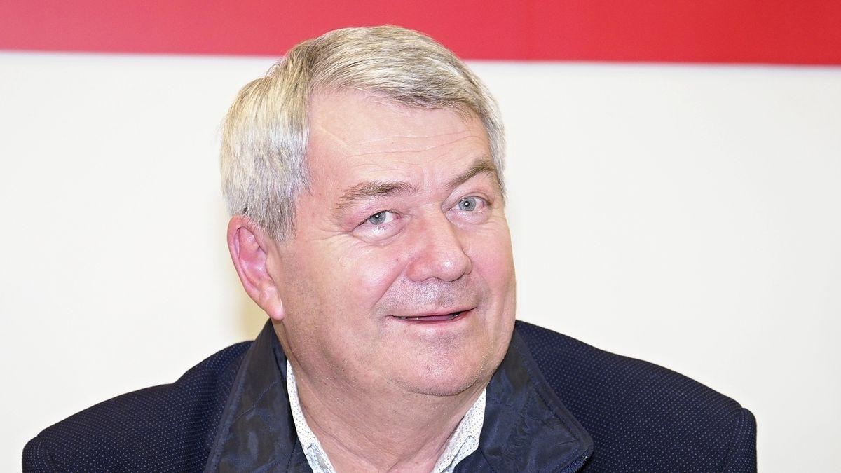 Nelze diskutovat o vině Horákové, napsal kandidát KSČM. Filip s tím nemá problém