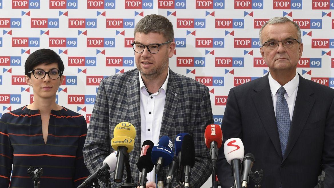 Spor o Koněva: Ruský velvyslanec by měl jít na kobereček, vyzývá Petříčka TOP 09