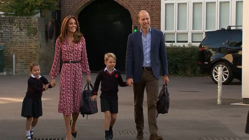 Princezna Charlotte zamířila poprvé do školy