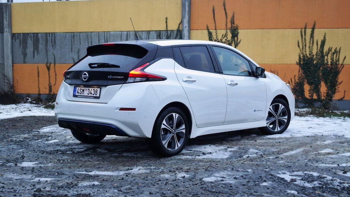 Nástupcem Nissanu Leaf bude SUV