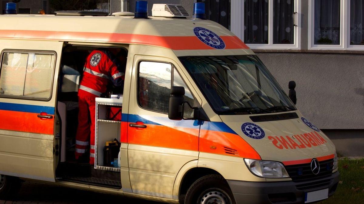 Čtyřletý chlapec v Polsku přežil pád z 11. patra