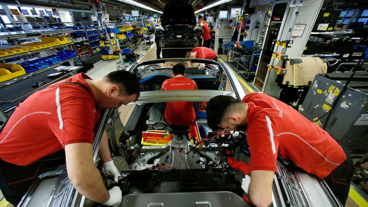Pandemie v Německu zastavila po 14 letech růst zaměstnanosti
