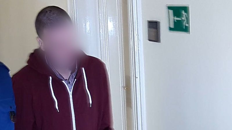 Za vraždu dítěte dostal mladík 18,5 roku