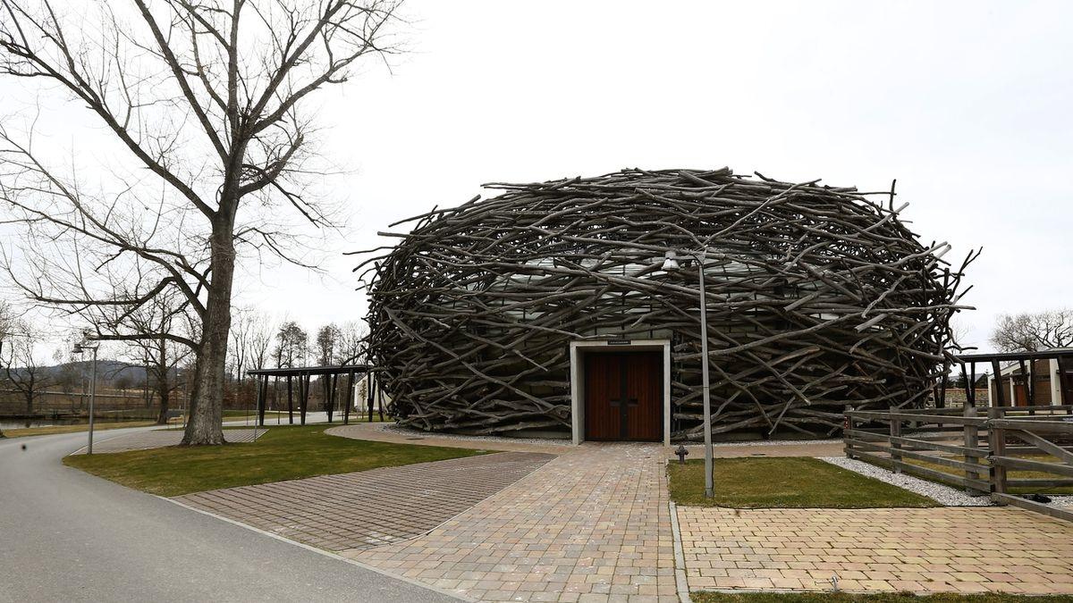 Unie státních zástupců vyzvala Šarocha, aby vysvětlil změnu rozhodnutí v kauze Čapí hnízdo
