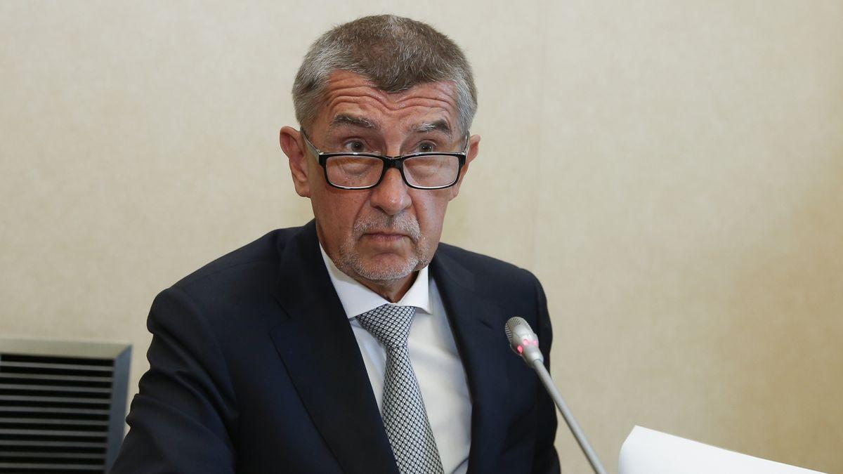 Státní zástupce v kauze Čapí hnízdo na poslední chvíli změnil názor. Jak rozhodl, neřekl