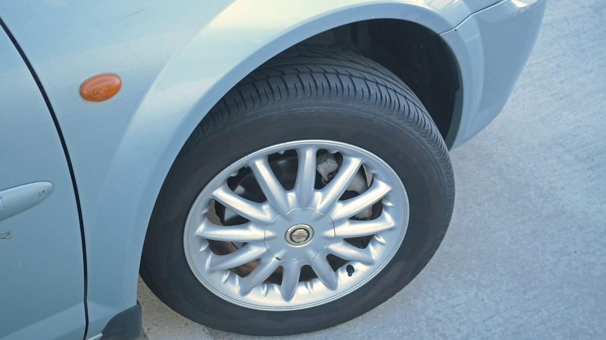 Na pneumatikách budou od května nové štítky, motorista se dozví více