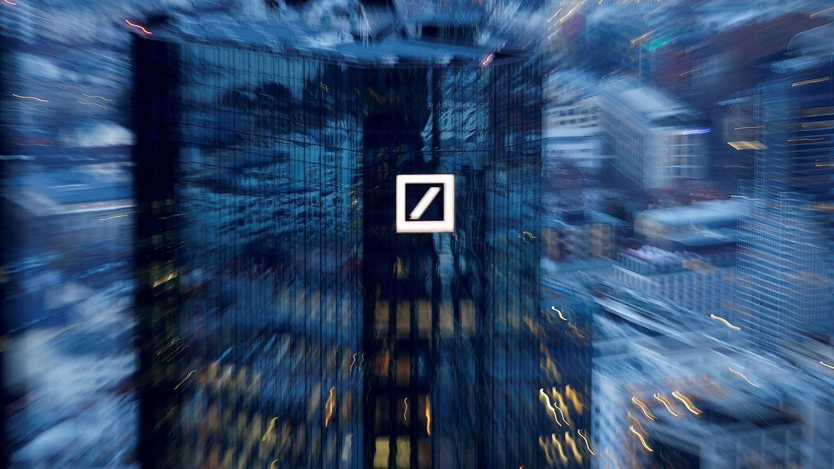Deutsche Bank je poprvé po šesti letech v zisku