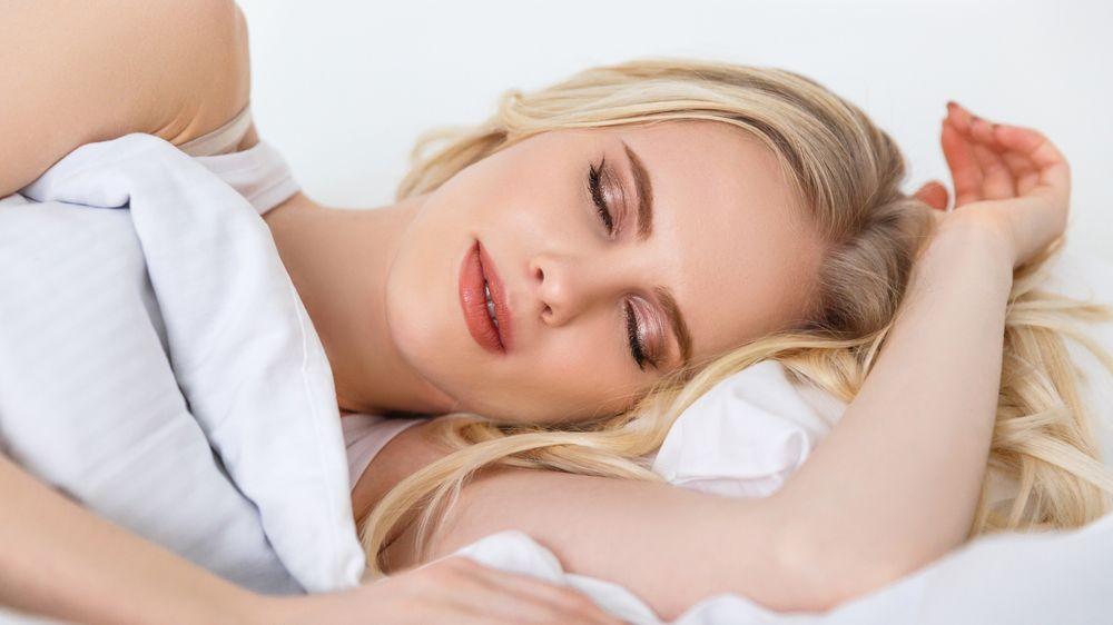 Stačí vám pouhé čtyři hodiny spánku? Možná jste nositeli vzácné genetické mutace