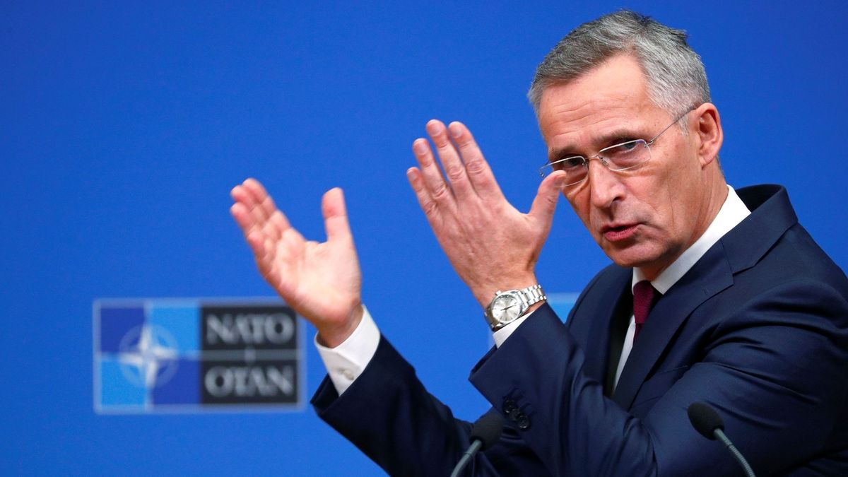 Zůstaneme, ujistilo NATO Kosovo