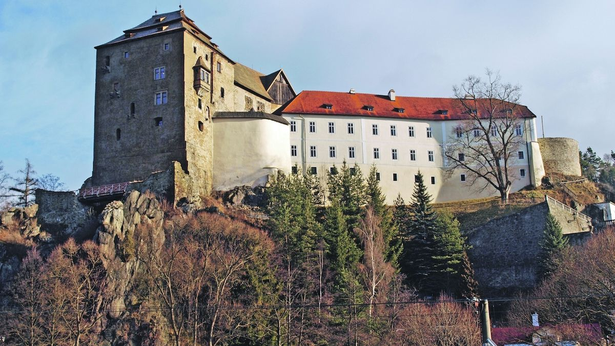 Pod Bečovským hradem vznikla nová lezecká trasa